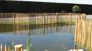 Photo d'une clôture bois en chataignier