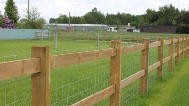 Photo d'une clôture bois Manchester en bois résineux