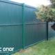 Photo d'une clôture rigide avec occultants pvc coloris Vert